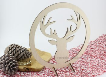houten-cirkel-met-hert
