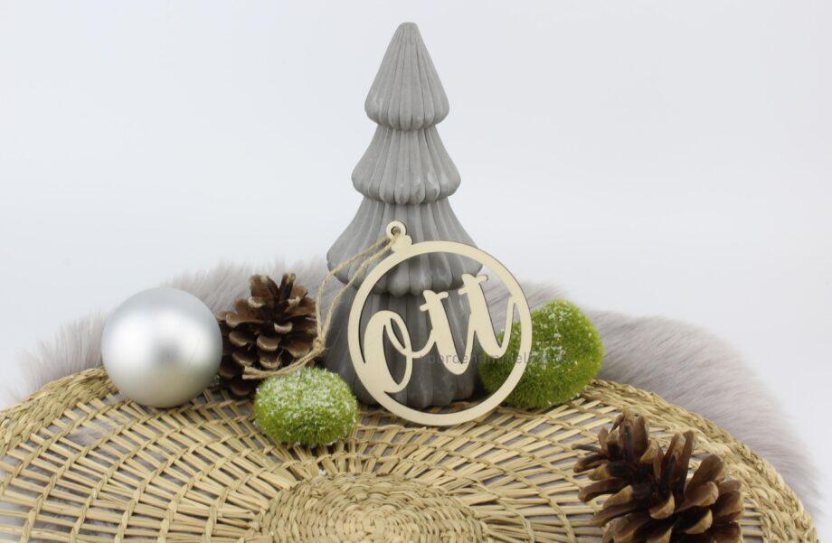 houten-kerstbal-met-naam-ott